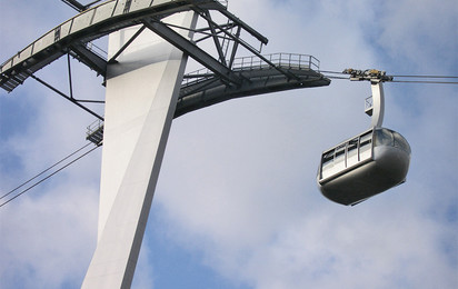 The design of a ropeway can be used to create particular architectural highlights. Whether built to cater for individual cultures or focusing on a given theme, a ropeway becomes the defining symbol of any city.