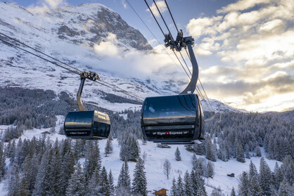 Spectacular tricable gondola to the Eiger Glacier
